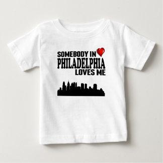 Alguien en Philadelphia me ama Poleras
