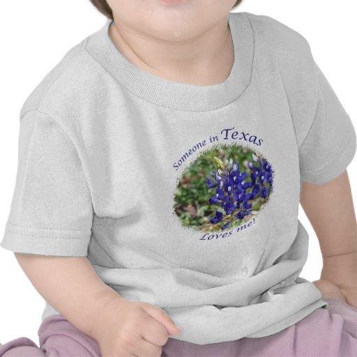 Alguien en Tejas me ama regalo Camiseta