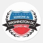 Alguien en Washington DC me ama Etiquetas Redondas