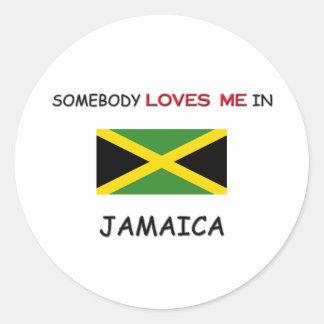 Alguien me ama en JAMAICA Pegatina Redonda