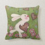 Algún conejito le ama - arte de los niños del cone almohada