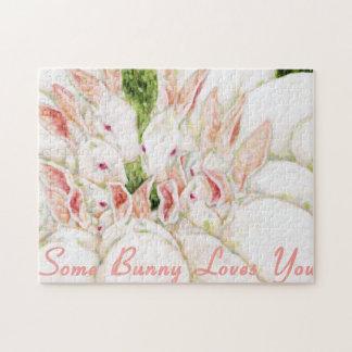 Algún conejito le ama - los conejos blancos rompecabeza con fotos