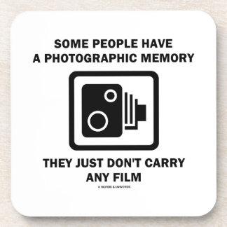 Alguna gente tiene una memoria fotográfica (la cám posavasos