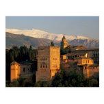 Alhambra; Granada; Andaslusia, España, Sierra Postales