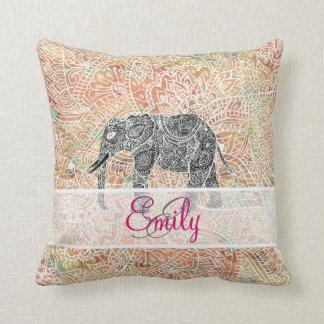 Alheña colorida del elefante tribal de Paisley del Cojín Decorativo