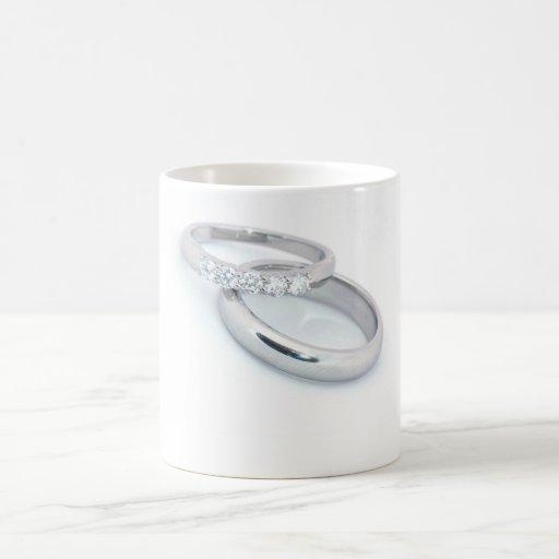Alianzas de boda de plata/reserva la fecha taza