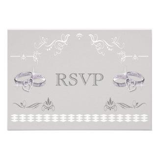 Alianzas de boda y corazones brillantes RSVP Comunicado