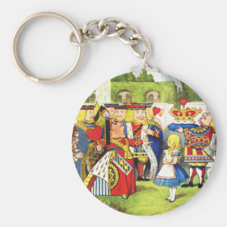 ALICE AND THE QUEEN OF HEARTS KEYCHAIN