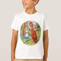 Alice and the Red Queen in Wonderland T-Shirt