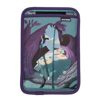 Alice Daisy Field Silhouette in Tulgey Woods Sleeve For iPad Mini