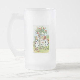 Alice in Wonderland: Cards Painting Roses Red 2 Frosted Glass Beer Mug