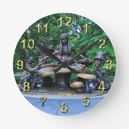 Alice in Wonderland - Central Park NYC #2 Round Wall Clock
