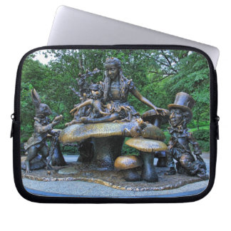 Alice in Wonderland - Central Park NYC Laptop Sleeve