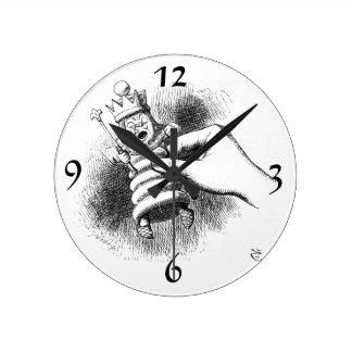 Alice In Wonderland Chessman Round Clock