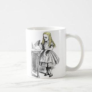 Alice in Wonderland Drink Me Gift Mug