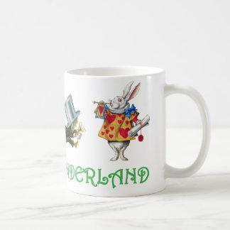 ALICE IN WONDERLAND & FRIENDS COFFEE MUG