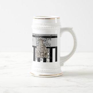Alice In Wonderland King of Hearts Grunge Mug