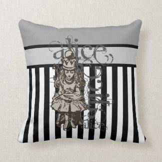 Alice In Wonderland Queen Alice Grunge Pillows