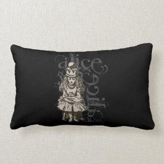 Alice In Wonderland Queen Alice Grunge (Single) Pillows