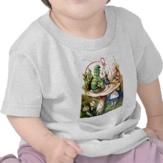 Alicia busca consejo de Caterpillar Camiseta