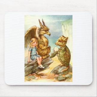 Alicia, el grifo y la tortuga falsa alfombrilla de ratón