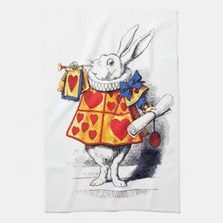 Alicia en el país de las maravillas el conejo toalla