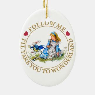 Alicia en el país de las maravillas - sígame adorno navideño ovalado de cerámica
