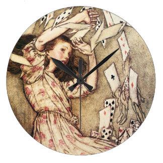 Alicia en el vuelo del país de las maravillas card reloj redondo grande