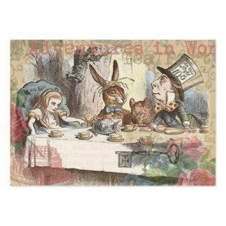 Alicia en fiesta del té enojada del país de las ma tarjetas de visita grandes