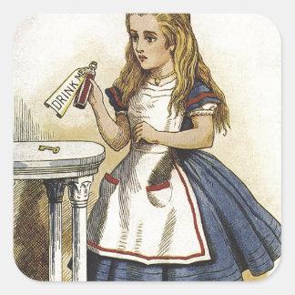 Alicia en la diversión del país de las maravillas calcomanía cuadrada personalizada
