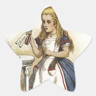 Alicia en la diversión del país de las maravillas pegatina en forma de estrella