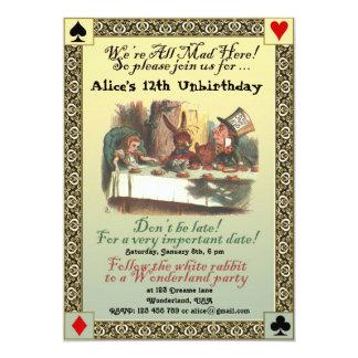 Alicia en la invitación de la fiesta de cumpleaños