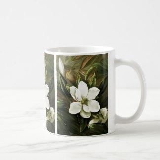 Alicia H Laird Magnolia Grandflora Taza