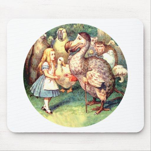 Alicia resuelve el pájaro del Dodo en la raza del  Tapete De Ratones