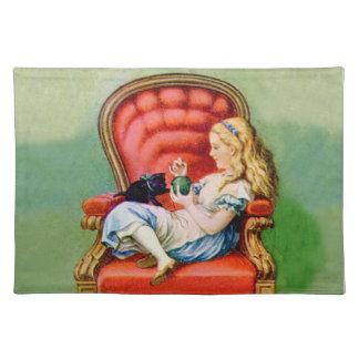 Alicia y el Dinah el gato en la silla roja grande Mantel Individual
