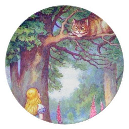 Alicia y el gato de Cheshire a todo color Plato