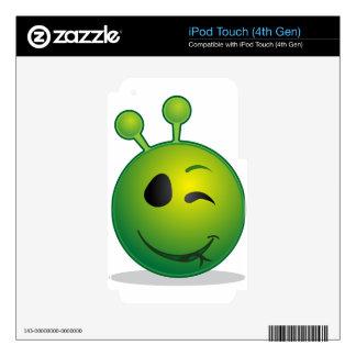 alien-41626 iPod touch 4G skins