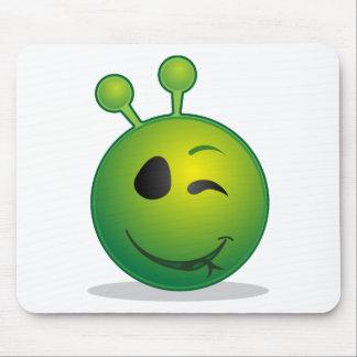 alien-41626 mouse pad