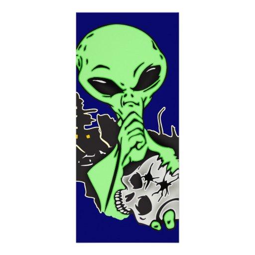 Alien and Human Skull Rack Card