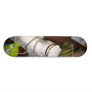 alien and the wise king skate board decks