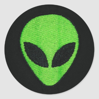 Alien face (stickers) classic round sticker