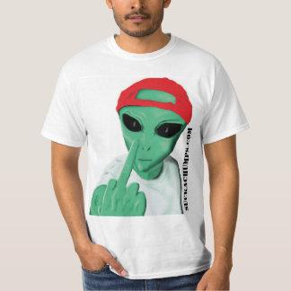 Alien Flipping Off Human - Sucka' Chumps .Com T-Shirt