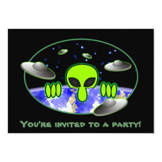 Alien Kilroy Invitations