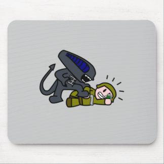 Alien vs Soldier Mouse Pad