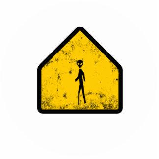 alien xing statuette