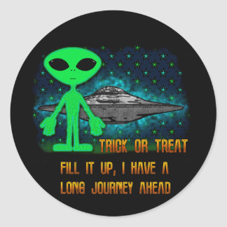 Aliens and UFOs Classic Round Sticker