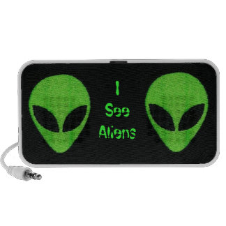 Aliens green Speaker