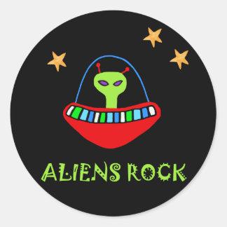 aLiEnS rOcK! Classic Round Sticker