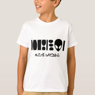 aLiEnS wAtChInG! T-Shirt