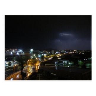 Aligeramiento/tempestad de truenos sobre Salónica Postal